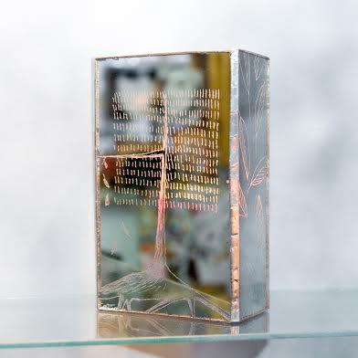 Роксолана Худоба. Свічник «Дерево», 2013. Скло, дзеркало.