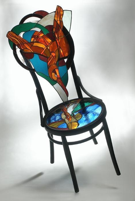 Андрій Курило. Віденський стілець (Полювання на рибу), 1999. Вітражна пластика, авторська техніка