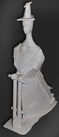 Ігор Ковалевич. Дівчинка на самокаті, 2009. Кам'яна маса, емалі. h 48