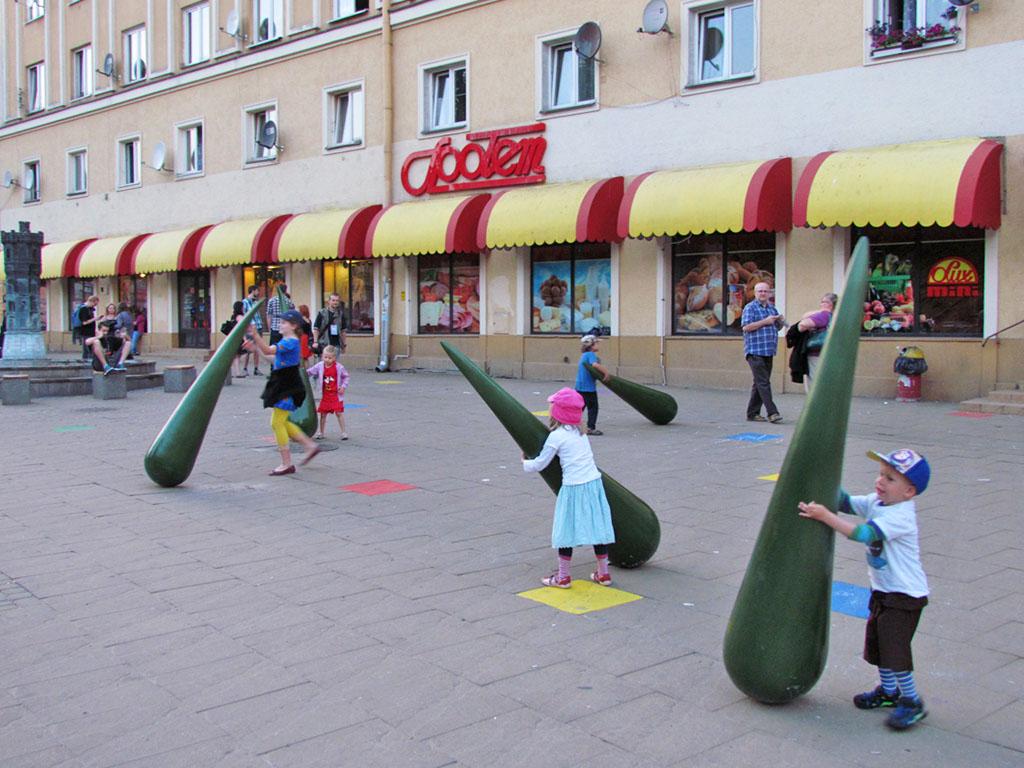 Олексій Коношенко. Інсталіяція «Паростки», 2013