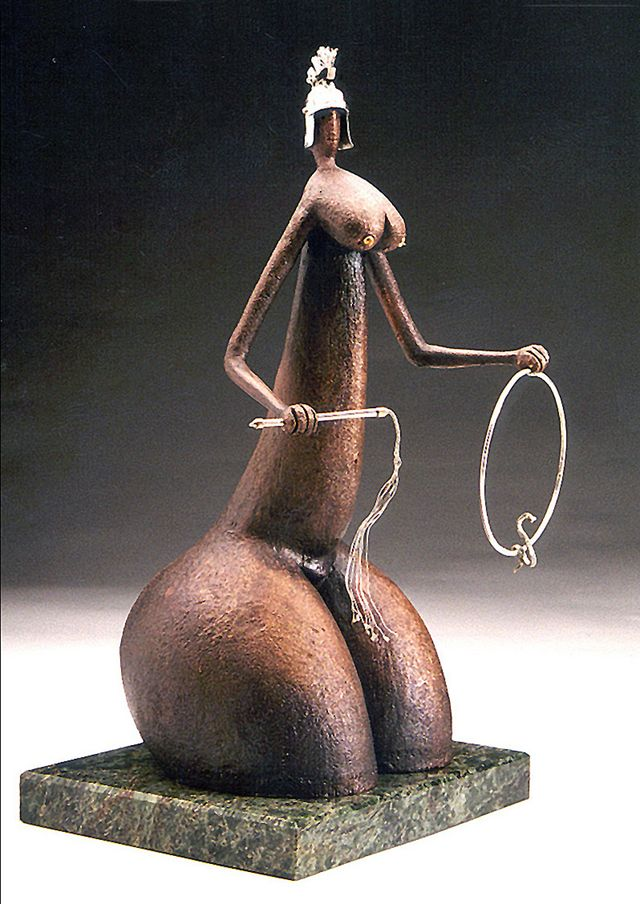 Михайло Вертуозов. Дресирувальниця, 1996; бронза, мармур