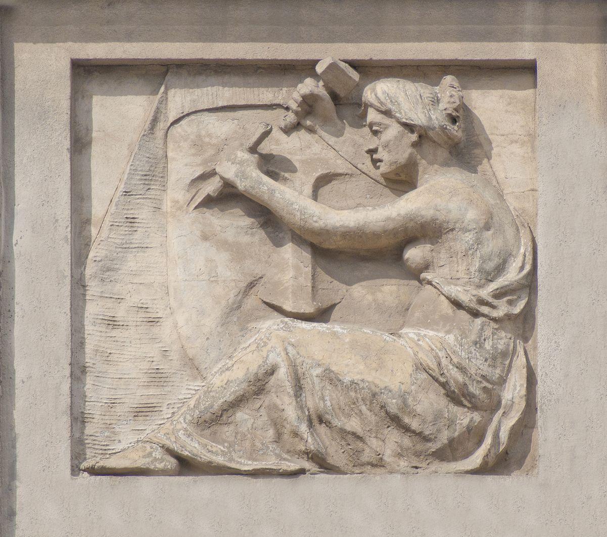 Юліуш Войцех Белтовський. Скульптура, 1911 (вул. Чупринки, 60)