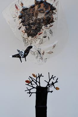 Роксолана Худоба. Шепіт тисячі гілок (частина), 2012. Скло, фьюзінг.