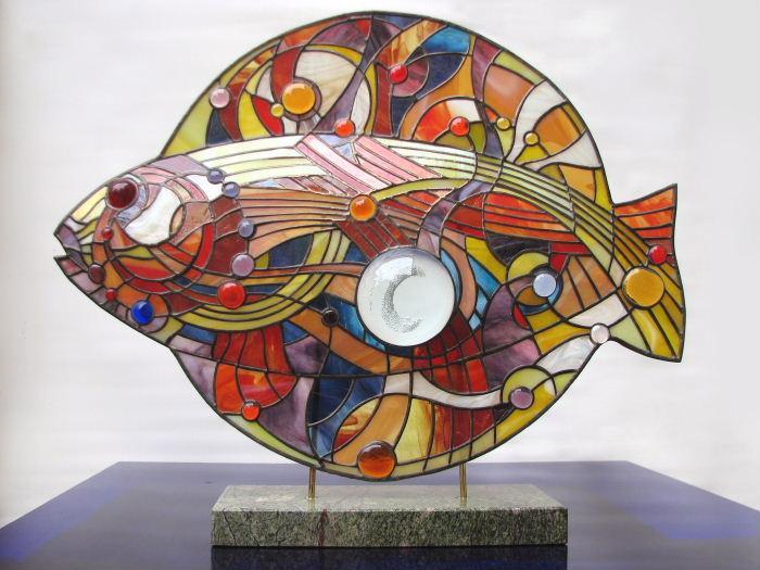 Андрій Курило. Риба. Скло, олово, камінь