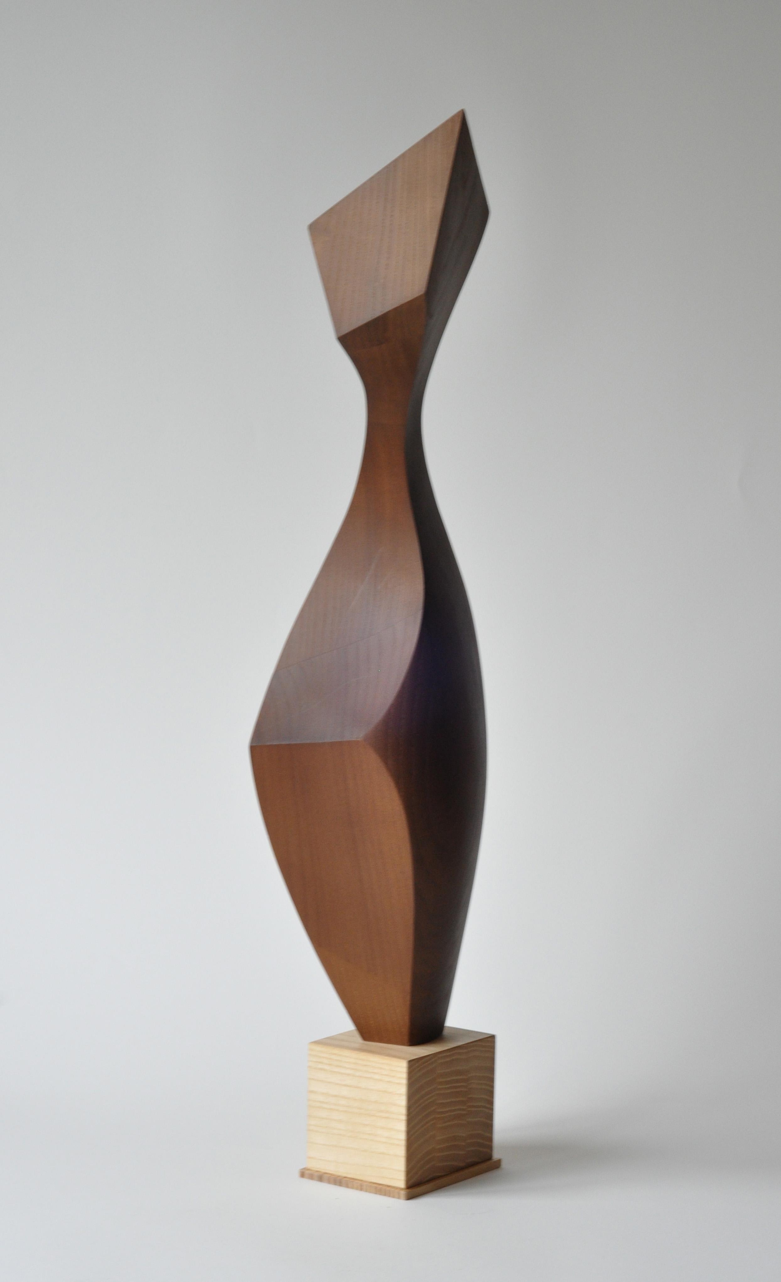 Назар Симотюк. Спроба руху, 2016; дерево, 66,5 x 18 x 17 см