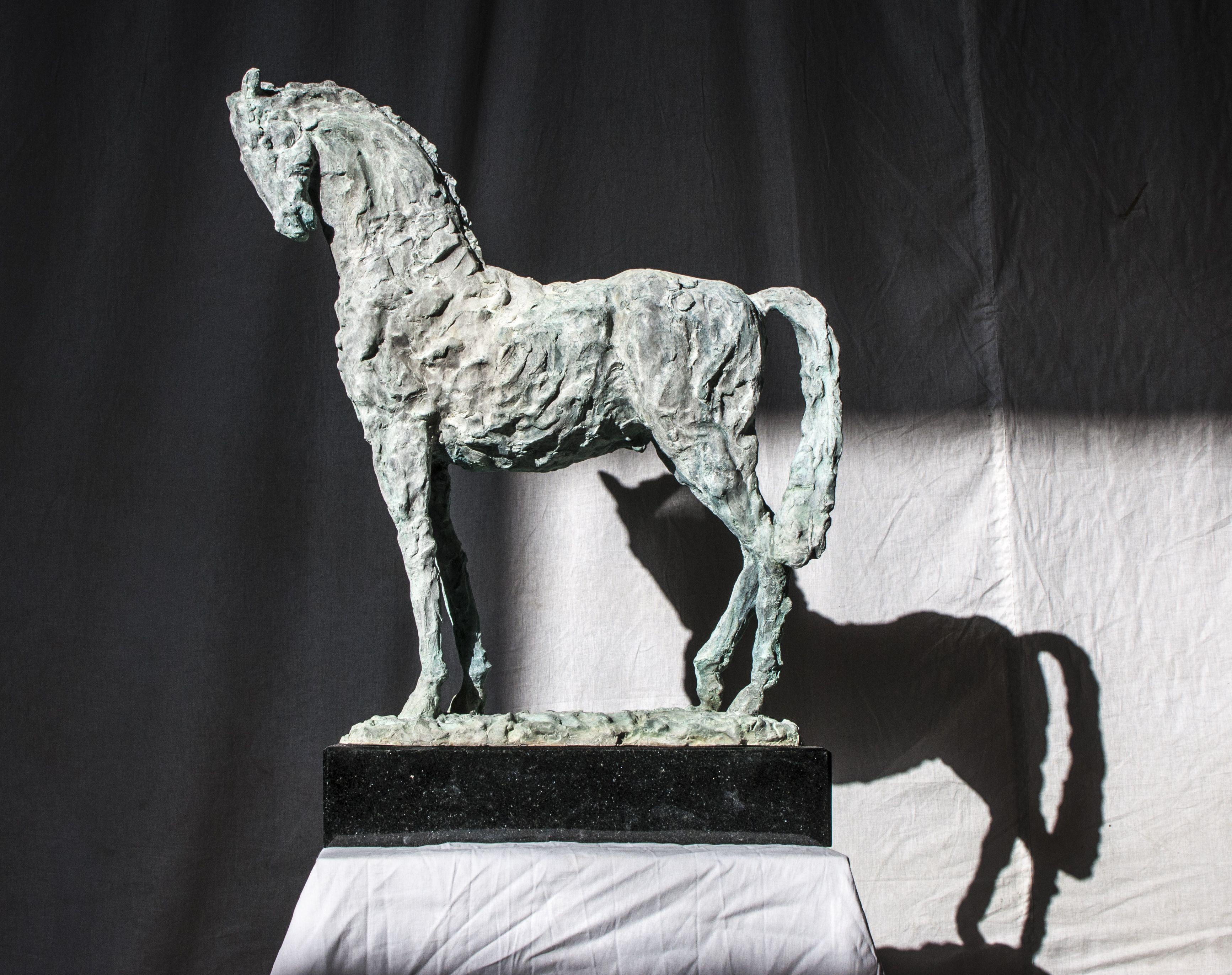 Володимир Семків. Кінь, 2020; бронза, граніт, h66
