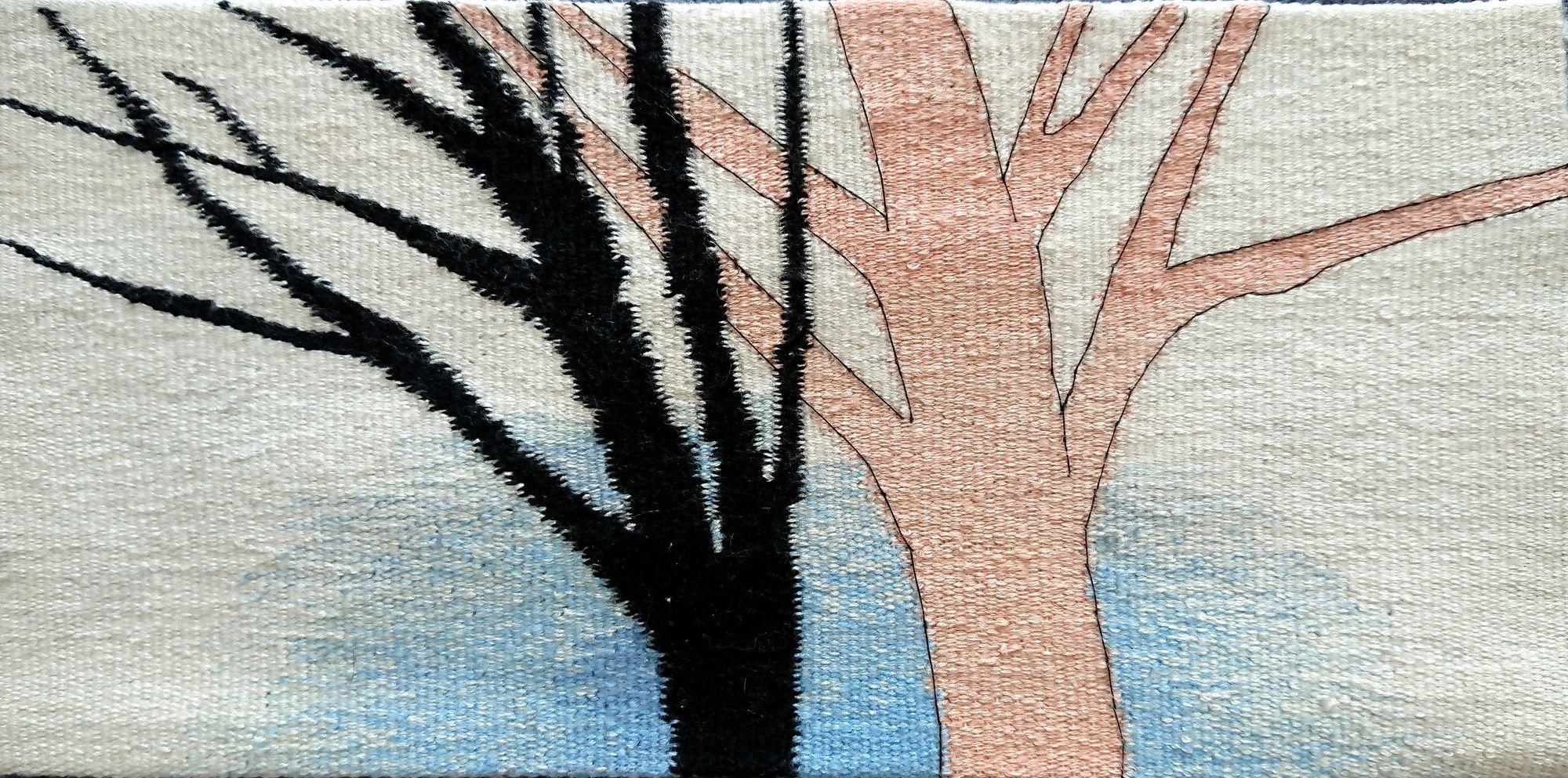 Ксенія Гопко. Оголене дерево, 2020; гобелен, 31х15 см