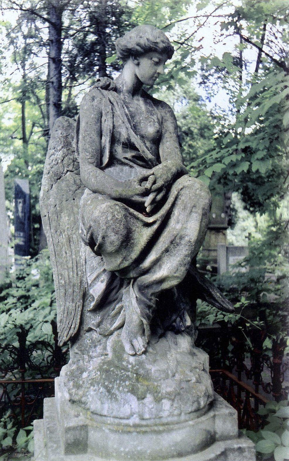 Тадеуш Баронч. Надгробок Л Крувчинської, 1881